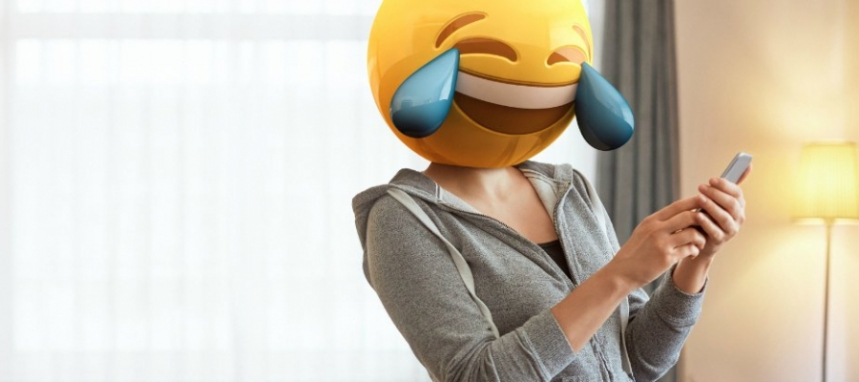 EmojiUsePsychology_web_1024-900x400.jpg